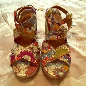 Hush Puppies Floral Wedges